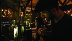 Whiskey appreciation at the Tullamore D.E.W Distillery, County Offaly ofrecido por Tullamore D.E.W