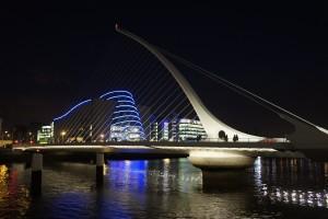 Samuel Beckett Bridge: Puentes