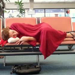Pasar la noche en el aeropuerto